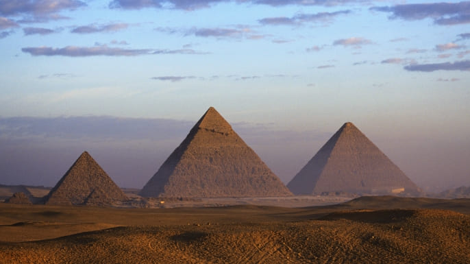 history-lists-11-things-you-may-not-know-about-ancient-egypt-the-pyramids-were-not-built-by-slaves-WP001585_Corbis-E